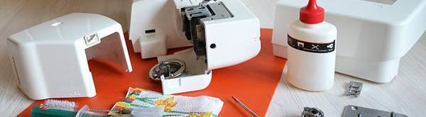 How-to-Clean-Sewing-Machine-Shuttle