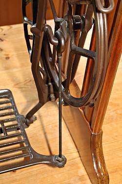 How-to-Clean-Treadle-Sewing-Machine-Base
