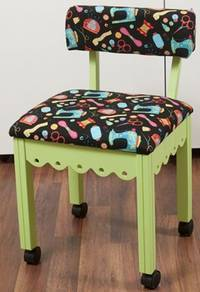 Sewing-Chair-With-Wheels-vs-Sewing-Chair-Without-Wheels
