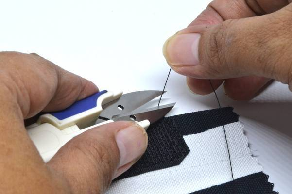 Sewing-Velcro-Guide-How-to-Sew-Through-Sticky-Velcro