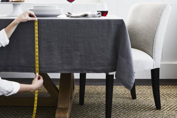How-Wide-is-a-Table-Runner-Average-Length-for-Your-Size