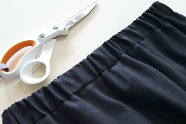 How-to-Cut-Elastic-Out-of-Waistband-9-Easy-Tips
