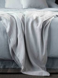 Finding-Old-Bedsheets-For-Sale-