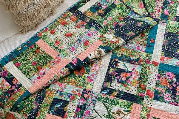 How-Big-is-a-Lap-Quilt-Lap-Blanket-Size-and-Dimensions-