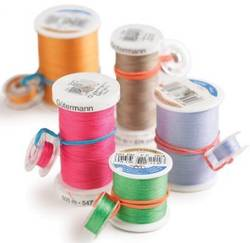 How-to-Find-The-End-of-The-Thread-on-a-New-Spool-