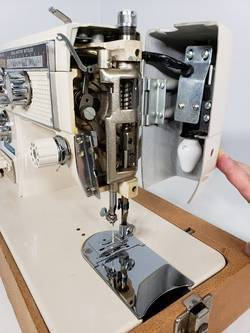 How-to-Use-a-Good-Housekeeper-Sewing-Machine