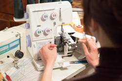Best-Serger-for-Thick-Fabrics