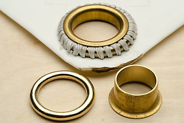 Eyelet-vs-Grommet-Difference-Between-Eyelets-and-Grommets
