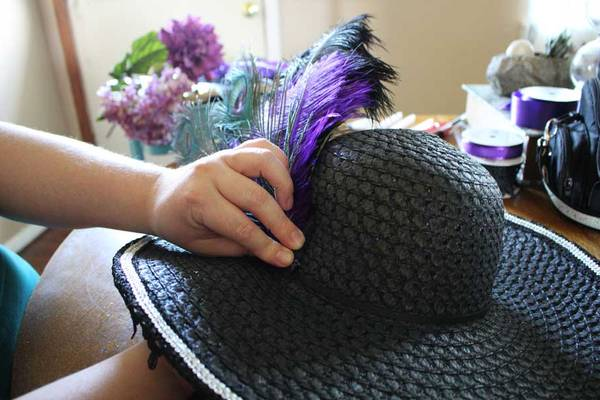 Feathers-in-Hats-Why-and-How-to-Attach-Feather-to-Hat-Band