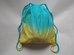 How-To-Tie-a-Drawstring-Backpack-or-Bag