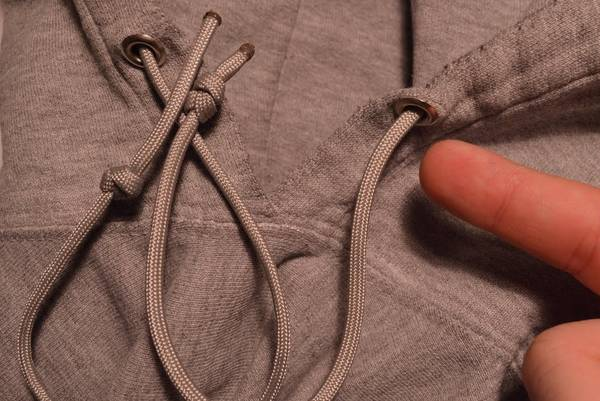 How-to-Tie-a-Drawstring-on-Sweatpants-Easily-Hoodie-Dress