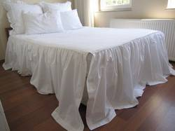 Split-Corner-Bedspread-King