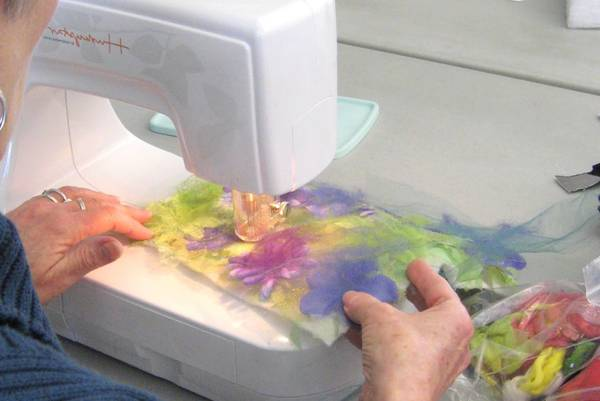 What-is-the-Best-Felting-Machine-Embellisher-Machine-Reviews