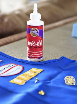 Best-Fabric-Glue-for-Scout-Patches