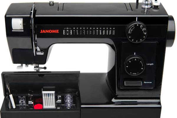 Compare-Bernina-and-Janome-Sewing-Machines-1008-vs-HD3000