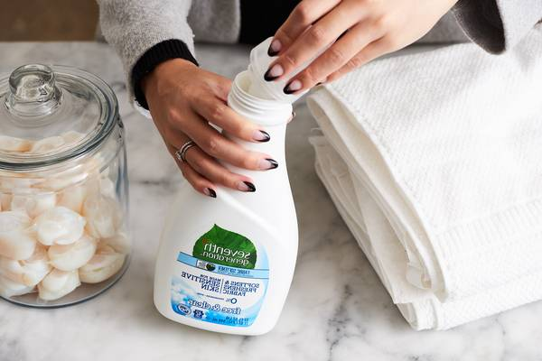 What-Can-I-Use-Instead-of-Fabric-Softener-6-Safe-Options