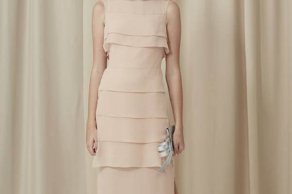 Can-You-Iron-Silk-How-to-ron-a-Silk-Dress-Without-Ruin-It