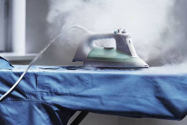 Does-Silk-Burn-or-Melt-(How-to-Fix-Burnt-Silk-Easily)