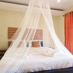 Hanging-a-Canopy-Over-a-Bed