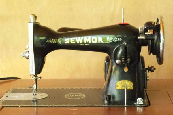Who-Made-Sewmor-Sewing-Machines-Value-Models-and-Parts