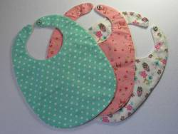 How-Much-Fabric-For-a-Baby-Bib