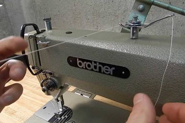 What-Year-Is-My-Brother-Sewing-Machine-Old-Brother-Models