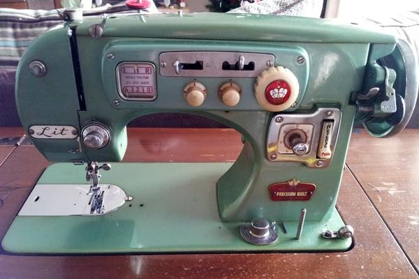 Who-Made-Arrow-Sewing-Machines-Company-and-History