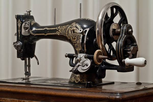 Who-Made-and-When-Was-The-First-Sewing-Machine-Invented