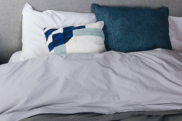Best-Fabric-For-Bed-Sheets-(Most-Comfortable,-Softest)