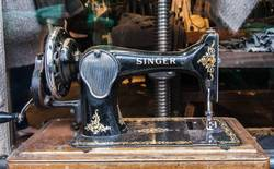 Finding Old Singer Sewing Machine for Sale