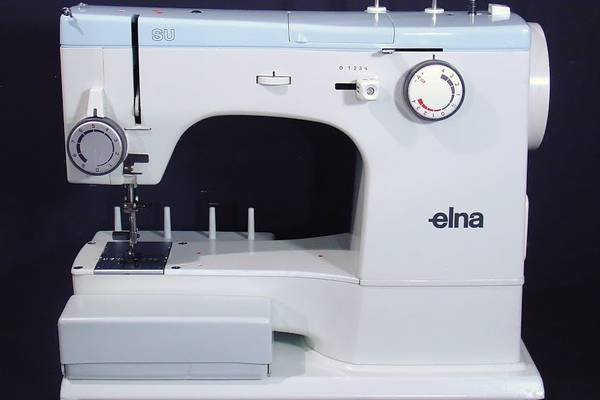 How-Old-is-My-Elna-Sewing-Machine-(Old-Vintage-Elna-Review)