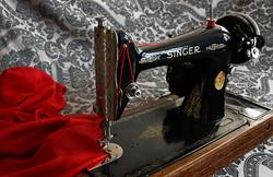How-do-I-Identify-a-Vintage-Singer-Sewing-Machine