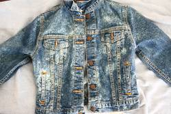 How-to-Bleach-a-Denim-Jacket-in-the-Washing-Machine