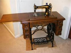 Vintage-Singer-Sewing-Machine-Dimensions