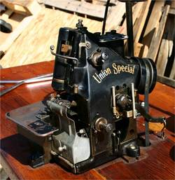 Finding-Antique-Union-Special-Sewing-Machine-for-Sale