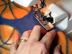 How-to-Finish-a-Fleece-Blanket-Edge-With-a-Serger