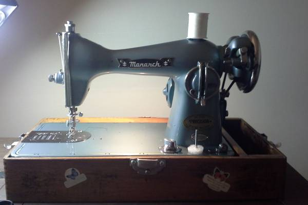 The-Monarch-Sewing-Machine-History-Value-Models-Review