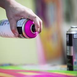 Can-You-Spray-Paint-Cotton-Fabric