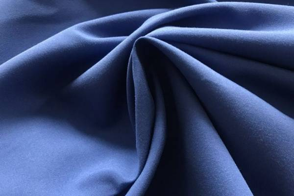 Polyester-vs-Microfiber-10-Differences-Between-Them