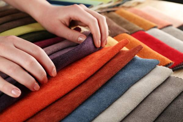 Polyester-vs-Silk-10-Differences-Between-Silk-and-Polyester