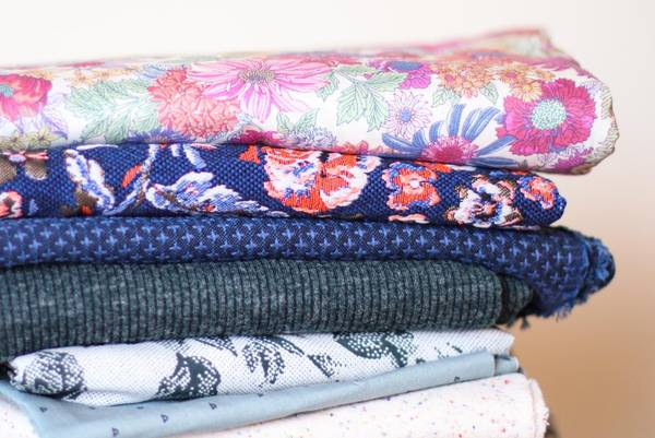 12-Differences-Between-Quilting-Fabric-and-Apparel-Fabric