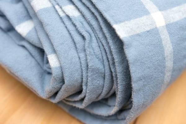 Fleece-vs-Flannel-9-Differences-Between-Fleece-and-Flannel