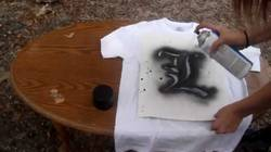 Does-Spray-Paint-Work-On-Clothes