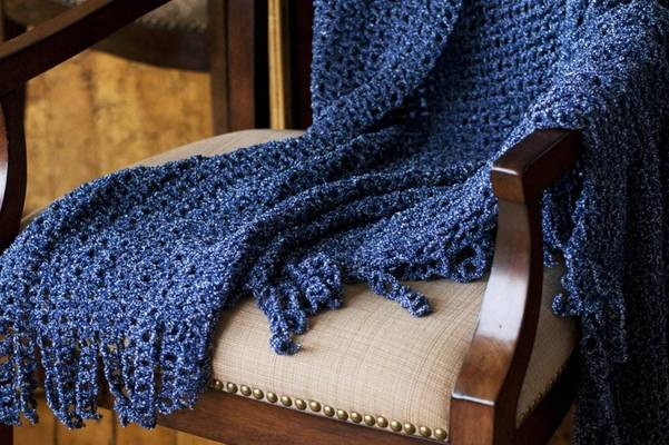 Does-Chenille-Shrink-How-to-Wash-Chenille-Blanket-or-Sofa