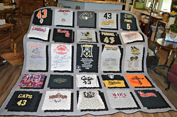 T-Shirt-Quilt-Pattern-With-Different-Size-Blocks-Guide