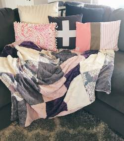Why-are-Minky-Blankets-So-Popular