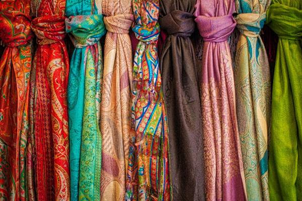 How-to-Remove-Odors-From-Silk-Sarees-and-Scarfs-9-Tips