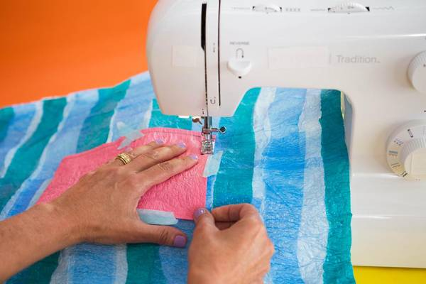 Sewing-Through-Hard-Plastic-Can-a-Sewing-Machine-Sew-Plastic
