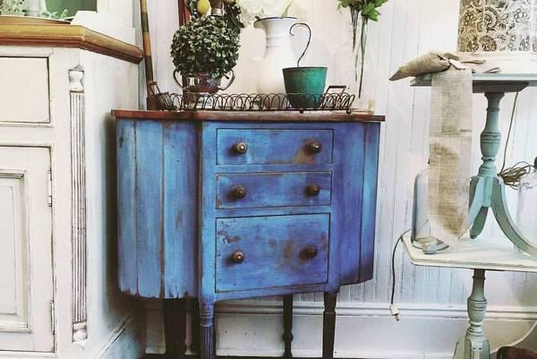 The-Antique-Martha-Washington-Sewing-Cabinet-Value-History