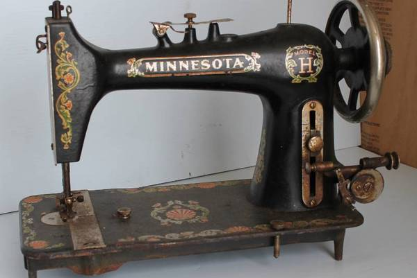 The-Vintage-Minnesota-Sewing-Machine-Value-History-Models